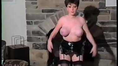 Vintage big boobs bouncing - music video