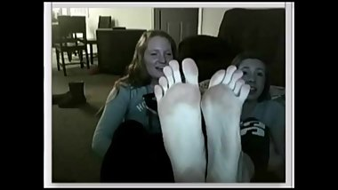 Right Feet - Long Palet Soles Wiggle and Scrunch - Size 42 - Omegle