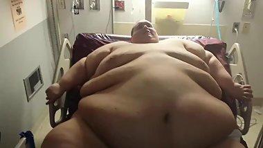 Superchub 1000+ pound moving his belly's monster