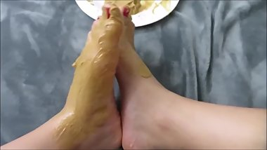 Sexy Feet Stepping in CREAMY peanut butter