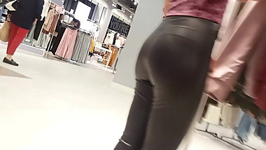 megatight leather leggings working