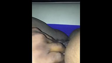 Daddy wanted to play wit my juicy pussy while driving