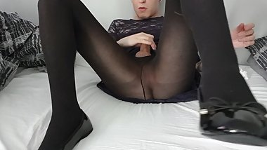 Crossdresser cums from porn