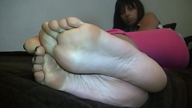 Anastasia Big Size 10 Candid Stinky Soles Part 18