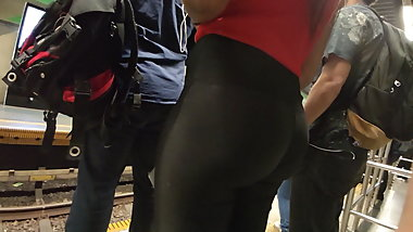 Hot ebony big booty black shiny leggings tong