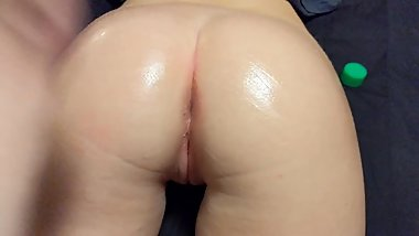 Juicy Booty rubbed down with Baby Oil
