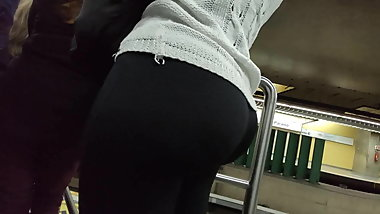 Big booty fat ass curly hair black pants