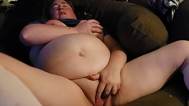 Horny BBW in long white socks is growing her bush back, wanna see?