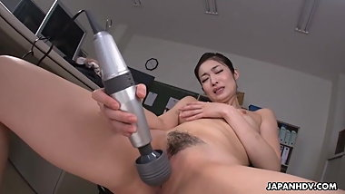Japanese office lady, Ryu is masturbating while at work, unc