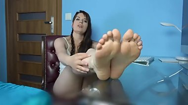 Polish Feet JOI