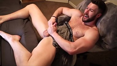 About_the_bulge Chaturbate July 22, 2019