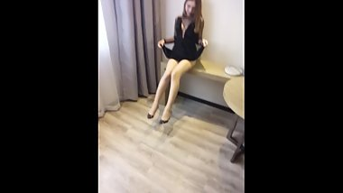 Star model SOLO 尹菲 Actively open the legs