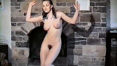 SWAY - vintage British beauty dance striptease