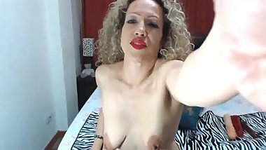 CURLY BIANCA BLONDE GAPING AND FISTING FOR WEBCAM