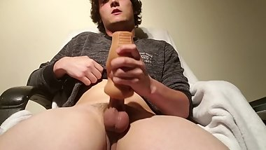 Young teen edging with fleshlight until a big cumshot