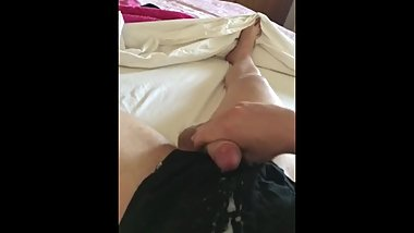 Huge cumshot, teen edging for 3 hours