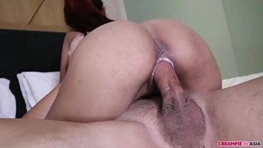 No condom fucking with small Asian girl