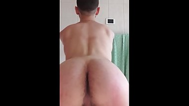 Sexy latino ass muscle