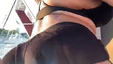 Asian booty shaking