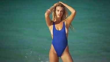 Hailey Clauson Sports Illustrated Swimsuit Cover Model 2016