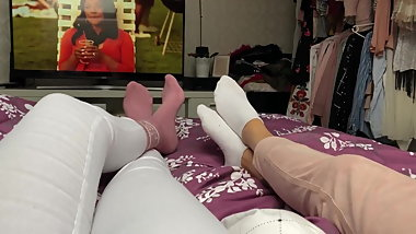 Daughter and Mother in Socks SOCKENLIEBE