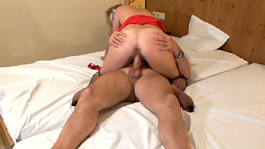 Ivy riding  to orgasm and Ova cumshot inside