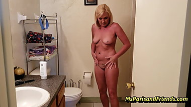 Mommy will Masturbate and Fuck Me