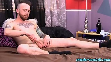 Inked alt stud slowly works himself up until a hot finish