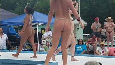 Go Go naked girls at Nudes a Poppin 2019