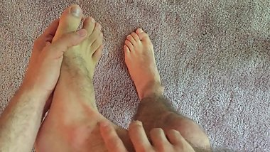Showing my feet and legs (MALE ASMR)