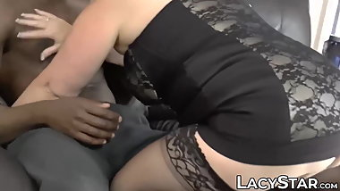 Hottest GILF Lacey Starr facial in outdoor interracial