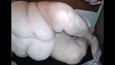 Fat ass granny doggystyle
