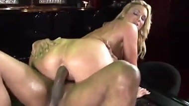 bubble butt blonde gets her ass deflowered by BBC