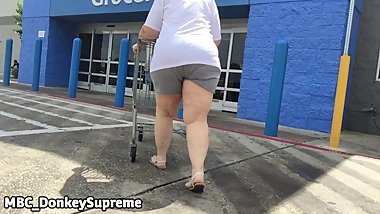 Granny Pawg in & out the door,,