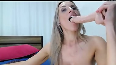 busty mature bimbo shows off her cock sucking skills