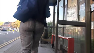 Round juicy bubble butt tearing and eatin up tight pants