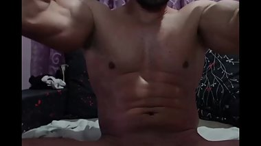 CB giantman_xxl 14.07.19 SUPER SEXY ROMANIAN GUY