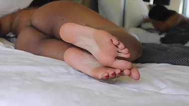 phat ass ebony babe with stinky feet