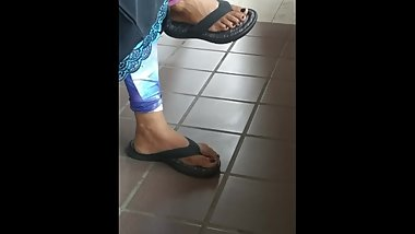 Mature Somali feet1
