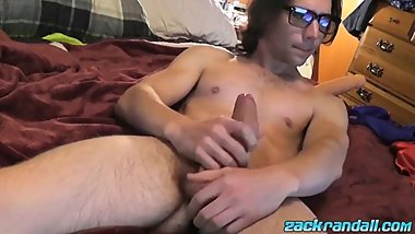 Gorgeous Zack Randall sucks his own cock while butt plugged