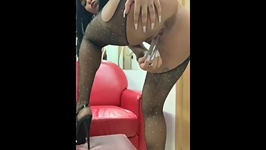 Venus afrodita fuck my pussy with my cristal dildo in my work