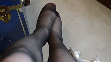 Rubbing Legs & Feet in Black RT Pantyhose
