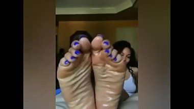 Sexiest Ebony Teen light skin redbone Shows Her Ebony Feet