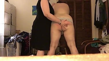 Arwen's sissy bitch boy loves getting a beating
