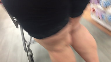 Gilf with a phat ass