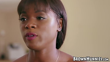 Chocolate hunny Ana Foxxx craves for big white dick