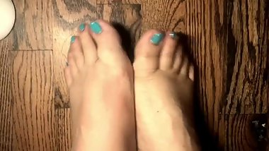 This Kitten gave herself a little pedicure. Meow