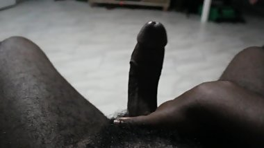 Guy Jerks Off To BBW Porn & Shoots A Thick Load